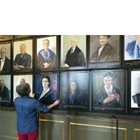 Vrouwenportretten Senaatskamer